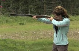 Sarah_Palin_rifle_shot-reversed